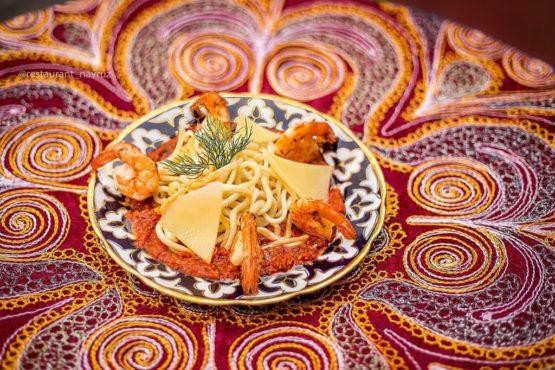 Дунганская лапша с креветками